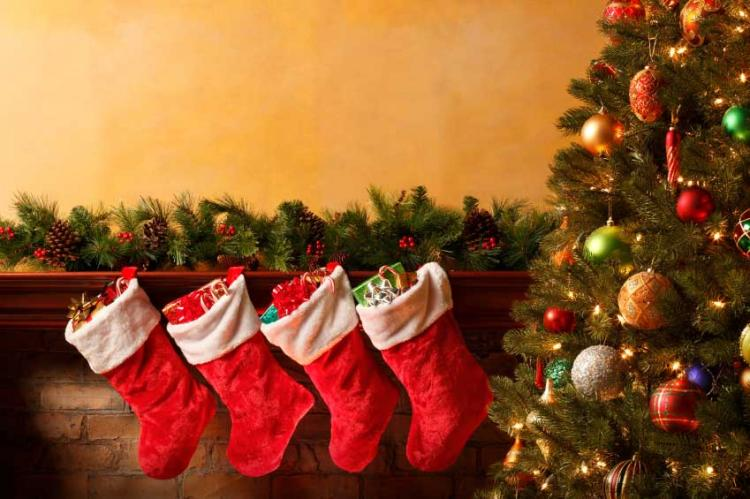 CHRISTMAS DATES!